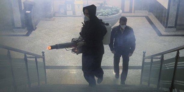 Coronavirus: l'iran interdit les deplacements interurbains[reuters.com]