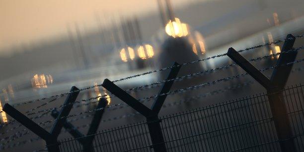Les eurodeputes approuvent la suspension des regles sur les creneaux aeriens[reuters.com]