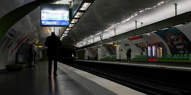 France: le passe navigo rembourse en avril, annonce pecresse[reuters.com]