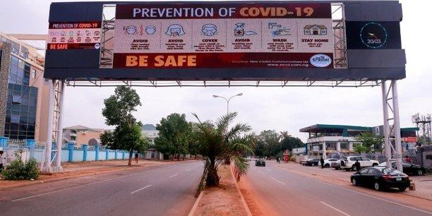 Au Nigeria, les Etats de Lagos, Abuja et Ogun seront soumis à un confinement de deux semaines à partir de ce lundi à 23h.