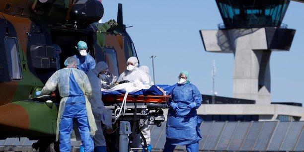 La course contre l'epidemie continue en france[reuters.com]