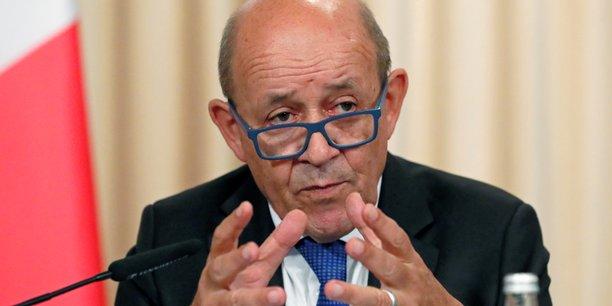 Pres de 10.000 francais attendent d'etre rapatries, dit le drian[reuters.com]