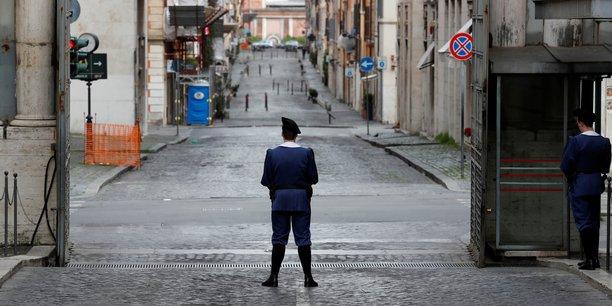 Coronavirus : des villes fantômes en Italie du nord