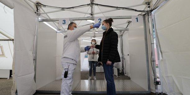 Recherches en europe sur une application de suivi des personnes contaminees[reuters.com]