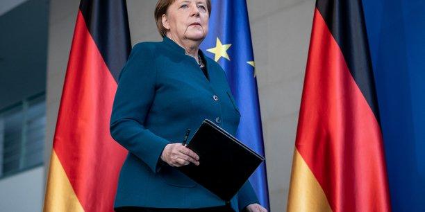 Merkel laisse entendre que le confinement sera prolonge[reuters.com]