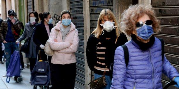 Un peu moins de deces et de patients en reanimation en italie[reuters.com]