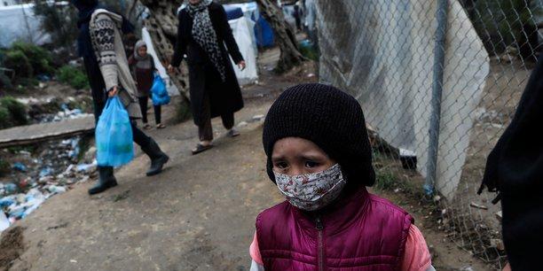 Grece: un deuxieme camp de refugies confine apres un cas de coronavirus[reuters.com]