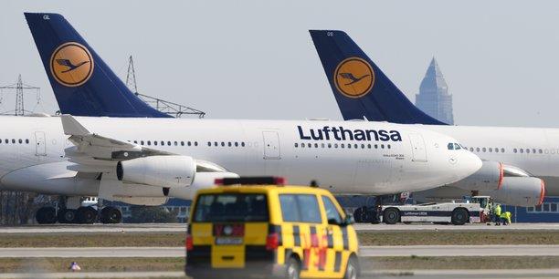 Lufthansa ne voit pas de retour à la normale avant des années et s'impose une cure d'amaigrissement drastique