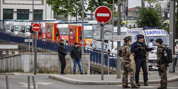 Lors du premier transfert par train à Bordeaux et Nouvelle-Aquitaine de patients du Grand-Est atteints par la Covid-19.