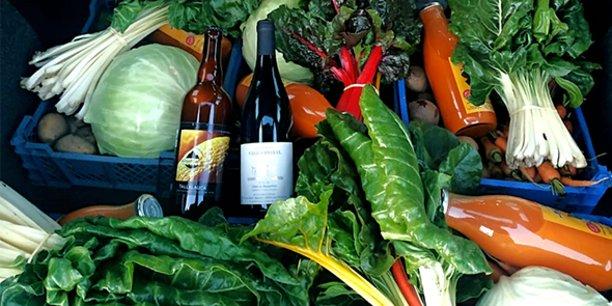 Dans les Pyrénées-Orientales, la plate-forme Kuupanda propose un outil simple de gestion des commandes pour les producteurs, et une place de marché regroupant différents produits alimentaires pour les consommateurs.