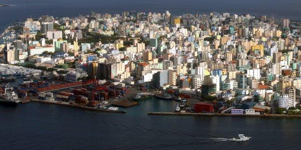 Les Maldives (vue de l'île de Malé, la capitale) vont subir l'effondrement des revenus du tourisme, et pourraient connaître une contraction du PIB de 13%
