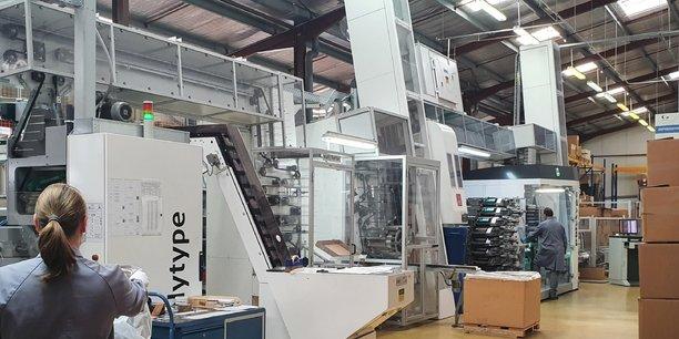 L'entreprise a dédié une de ses trois lignes de production à la fabrication de tubes de gel hydroalcoolique.