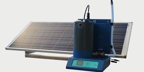 Aura peut être banché sur secteur ou fonctionner grâce de l'énergie solaire.