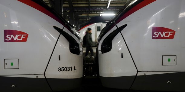 Le chiffre d'affaires de la SNCF a reculé de 14,6% en 2020 avec la baisse du trafic ferroviaire, a-t-elle annoncé aujourd'hui dans un communiqué.