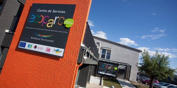 Bordeaux Technowest dispose d'un site dédié aux éco-activités et aux éco-technologies à Blanquefort (pépinière et incubateur) mais le réseau Ziri voit plus large avec 45 adhérents actuellement (TPE et PME).