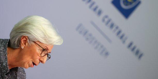 Selon une source proche des banques centrales, la présidente de la BCE, Christine Lagarde, va chercher une voie diplomatique pour satisfaire les attentes du juge allemand sans lui répondre directement.