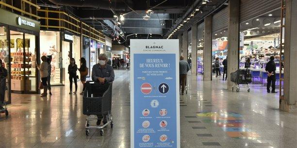 Des sens de circulation ont été instaurés au centre-commercial de Blagnac (Haute-Garonne), condition pour la réouverture de sa galerie marchande.
