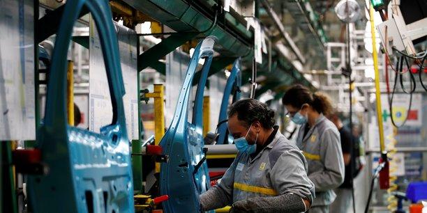 Le gouvernement veut éviter les pertes de revenus pour les travailleurs à l'isolement obligatoire.