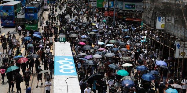 Hong kong: plus grosse manifestation depuis le confinement[reuters.com]