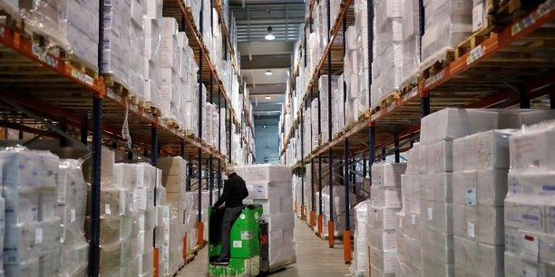 France: les entreprises assumeront 15% du chomage partiel a partir du 1er juin[reuters.com]