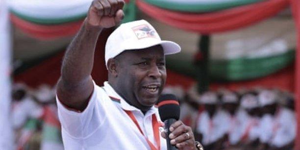 Le général Evariste Ndayishimiye, nouveau président élu du Burundi, succède à Pierre Nkurunziza, au pouvoir depuis 2005.