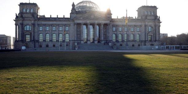 Allemagne: un plan de 5 milliards pour soutenir l'achat de voitures[reuters.com]