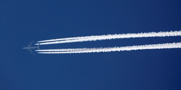 Liaisons aeriennes interdites entre la metropole et la corse ou les dom-tom[reuters.com]