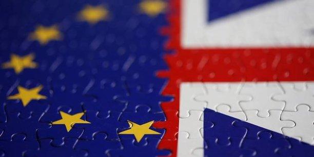Bruxelles et londres s'affrontent sur les services financiers[reuters.com]