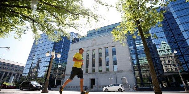 Le pire est passe mais l'incertitude persiste, dit la banque du canada[reuters.com]