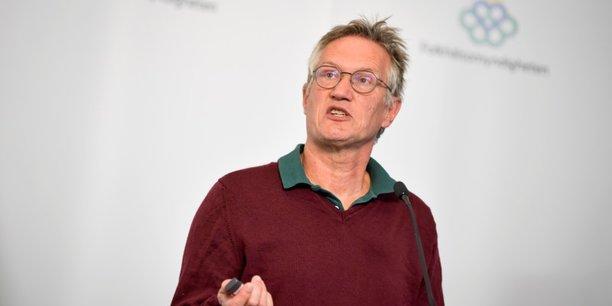 Suede: critique, l'epidemiologiste en chef defend sa strategie face au coronavirus[reuters.com]