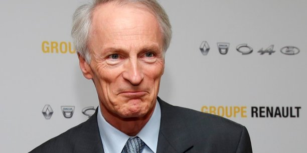 Renault: senard espere renforcer l'alliance avec daimler[reuters.com]
