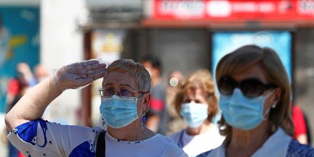 Coronavirus: l'oms recommande desormais le port du masque dans l'espace public[reuters.com]