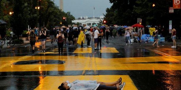 Washington se prepare a une vaste manifestation apres la mort de george floyd[reuters.com]