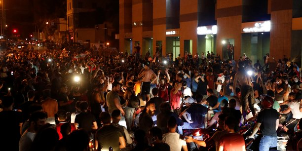 Photo d'illustration. Liban: des manifestants bloquent des routes sur fond de crise économique.