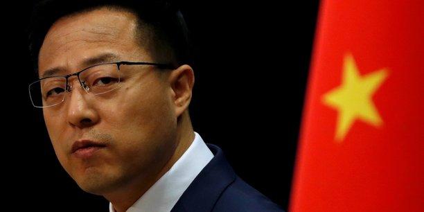 Hong kong: la chine sanctionne a son tour des responsables americains[reuters.com]