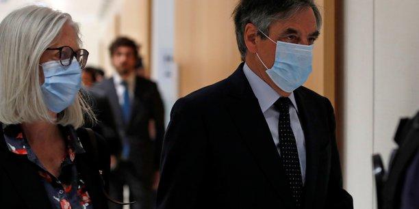 Francois fillon reconnu coupable dans l'affaire des emplois fictifs de son epouse[reuters.com]
