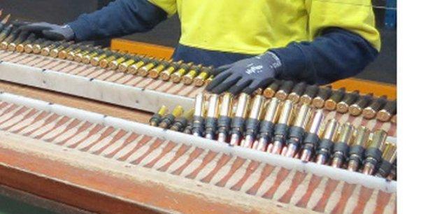 Le contrat signé par Thales en Australie permettra de pérenniser 650 emplois chez  sur les sites de Benalla (Victoria) et de Mulwala (Nouvelle-Galles du Sud), et 400 chez ses fournisseurs.