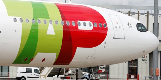 Le portugal va nationaliser la compagnie aerienne tap, rapporte l'expresso[reuters.com]