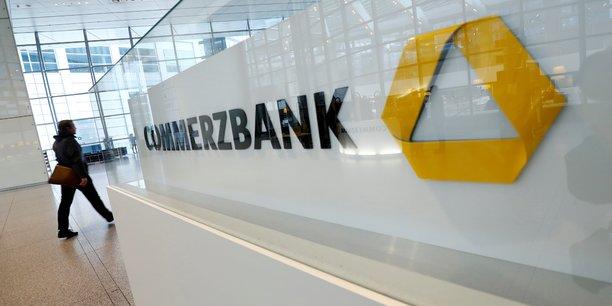 Commerzbank envisage 7.000 nouvelles suppressions d'emplois, rapporte le borsen-zeitung[reuters.com]