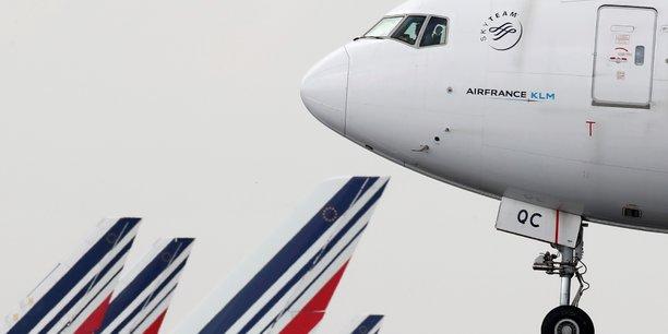 Air france veut supprimer plus de 7.500 postes d'ici 2022, rapporte l'afp[reuters.com]