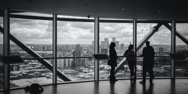 Les dispositifs d'aides des Etats de l'OCDE aux entreprises ont permis d'éviter une vague de faillites en 2020, en particulier pour les petites et les jeunes entreprises