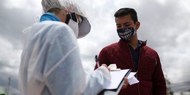 Coronavirus: le seuil des 100.000 cas franchi en colombie[reuters.com]