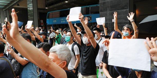 Premiere inculpation a hong kong pour incitation au separatisme[reuters.com]