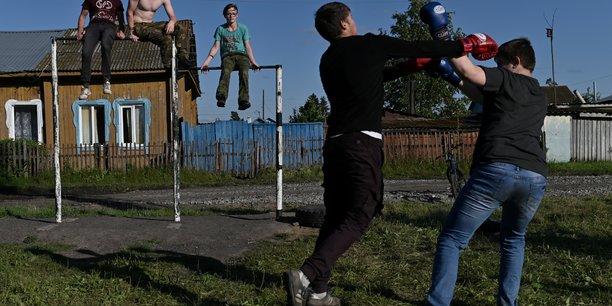 Coronavirus: la russie a franchi le cap des 10.000 morts[reuters.com]