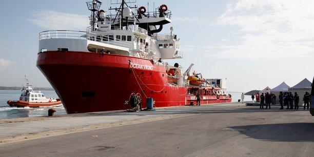 Amnesty international relaie l'appel au secours du navire humanitaire ocean viking[reuters.com]
