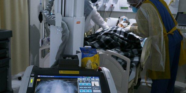 Plus de 26.000 cas supplementaires de coronavirus en 24 heures au bresil[reuters.com]