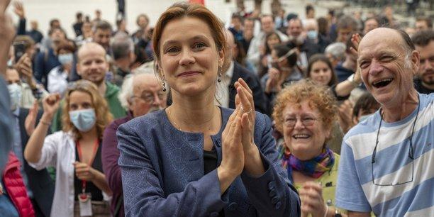 Léonore Moncond'huy lors de l'annonce de son élection à la mairie de Poitiers.
