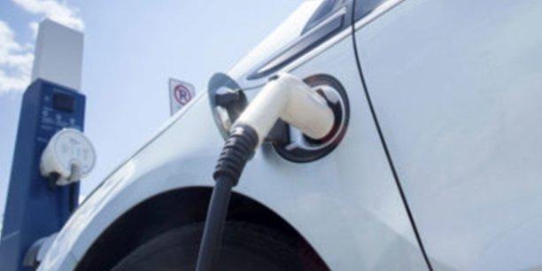 DREEV (filiale d'EDF) a développé une technologie de pilotage de bornes de charge intelligentes pour les véhicules électriques.