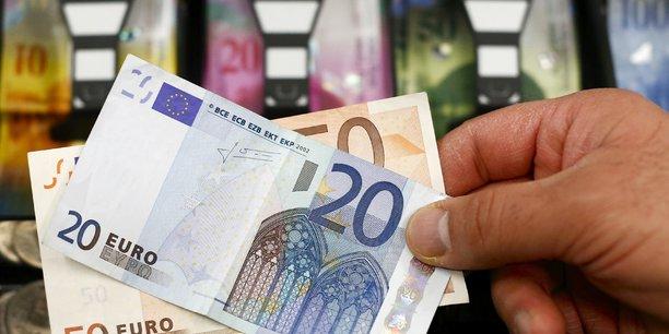 L'ue prete a soutenir la croatie et la bulgarie dans leur 1ere etape vers l'euro[reuters.com]