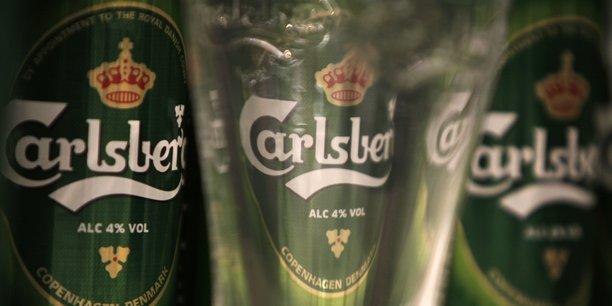 Carlsberg a limite les degats au premier semestre, le titre grimpe[reuters.com]